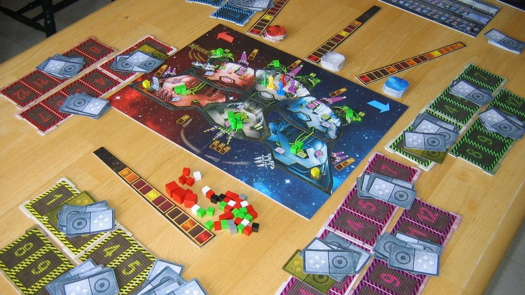 Space Alert board game review - setup