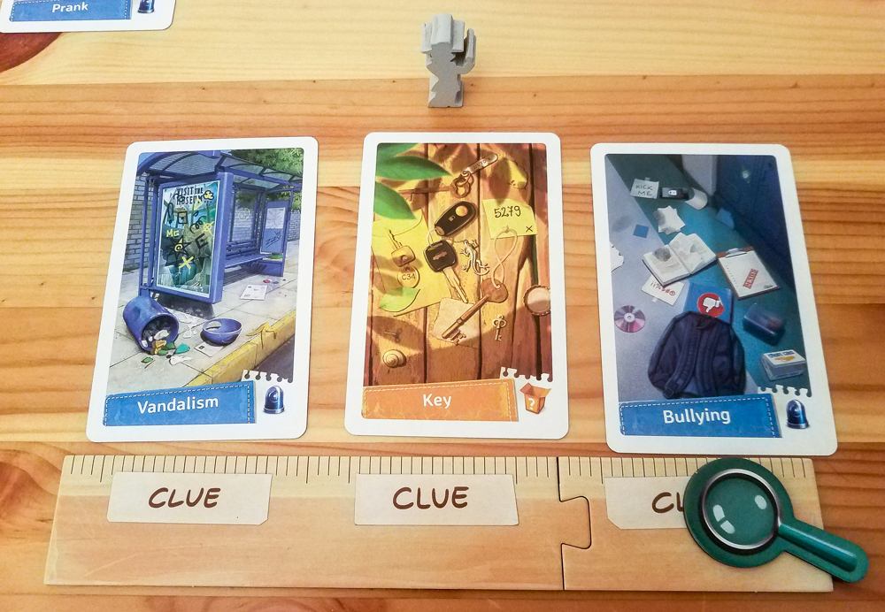 Spy Club review - player board and suspect