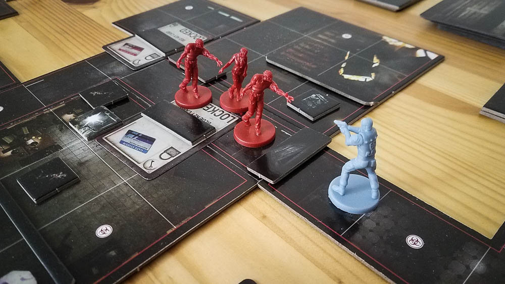 Resident Evil 2 The Board Game review - killing zombies