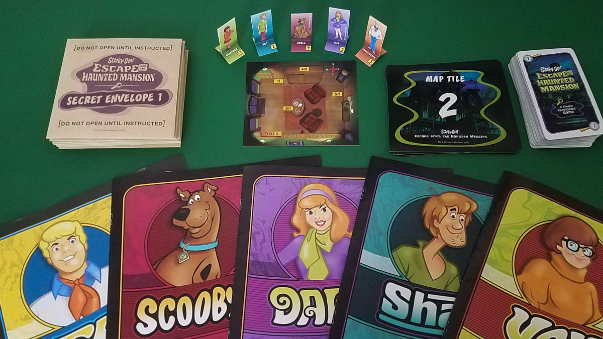 Scooby-Doo Escape from the Haunted Mansion review - components