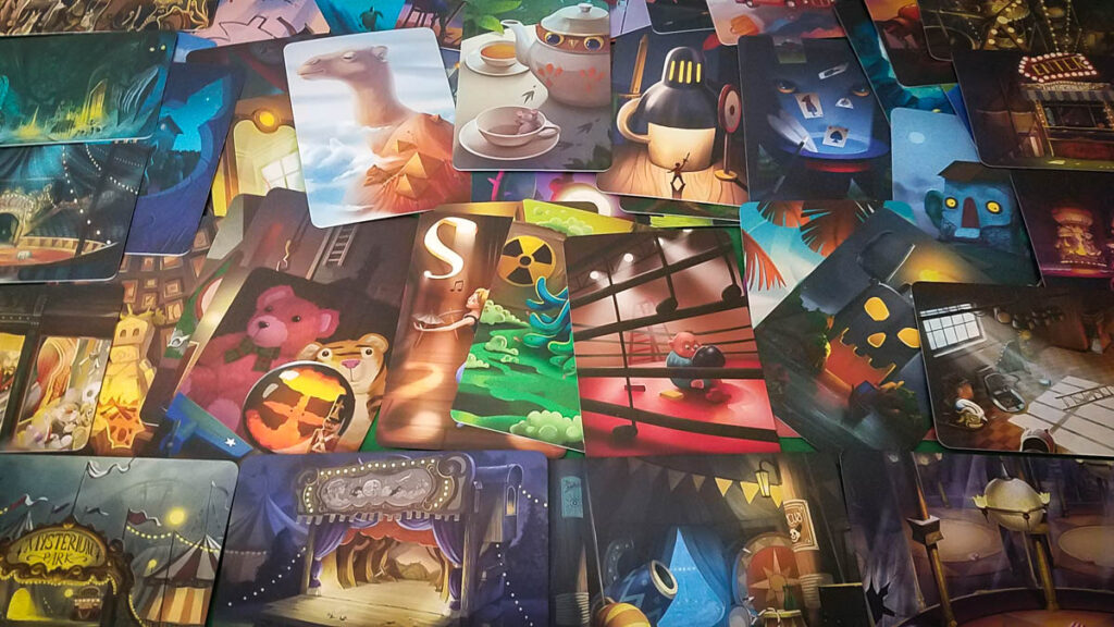 Mysterium Park review - vision and location cards